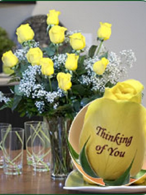 12 Yellow Roses - Thinking of You