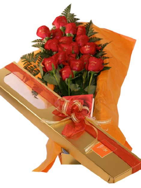 18 Roses With Box